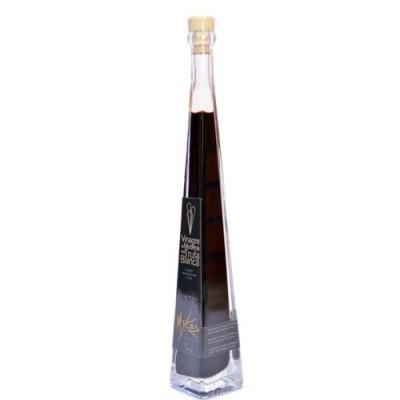 Vinagre de módena con trufa blanca